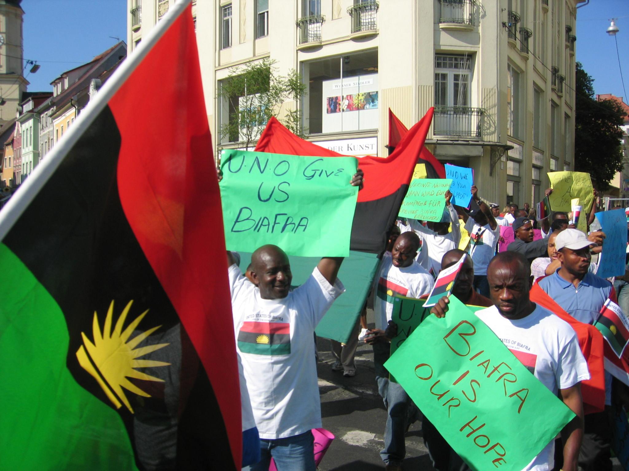 「Biafra」的圖片搜尋結果
